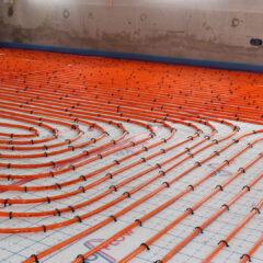 Kun je vloerverwarming combineren met een cementdekvloer?